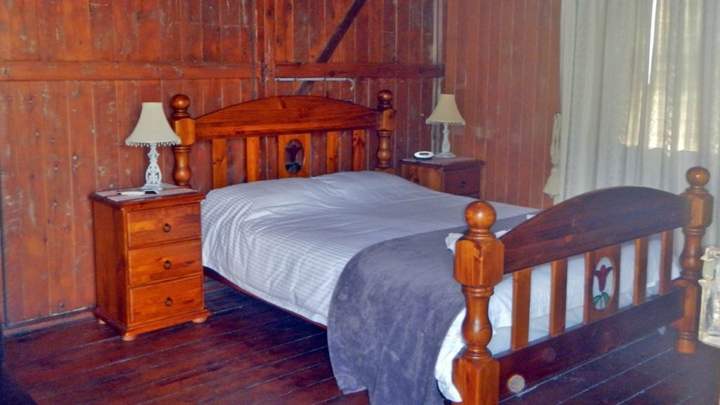 Leyburn Cabin Accommodation Honeymoon Suite